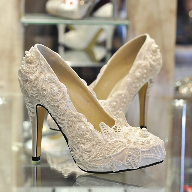 bride-shoes