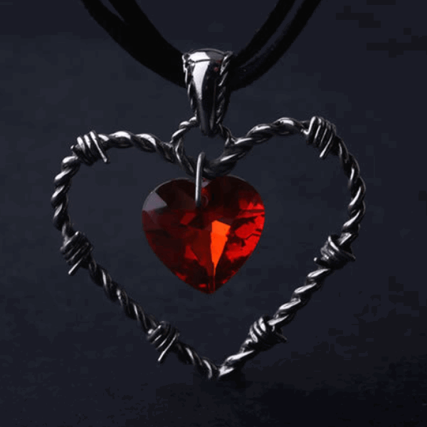 barbed-heart-pendants-2_grande