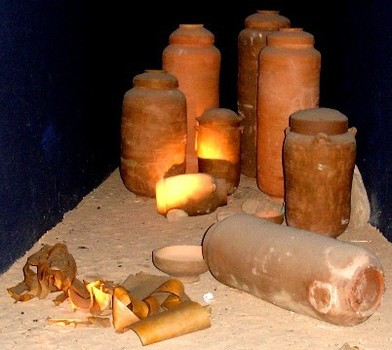 dead-sea-scroll-jars