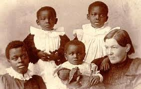 Mary Slessor with her children