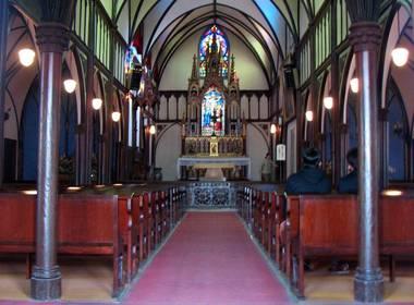 oura church inside